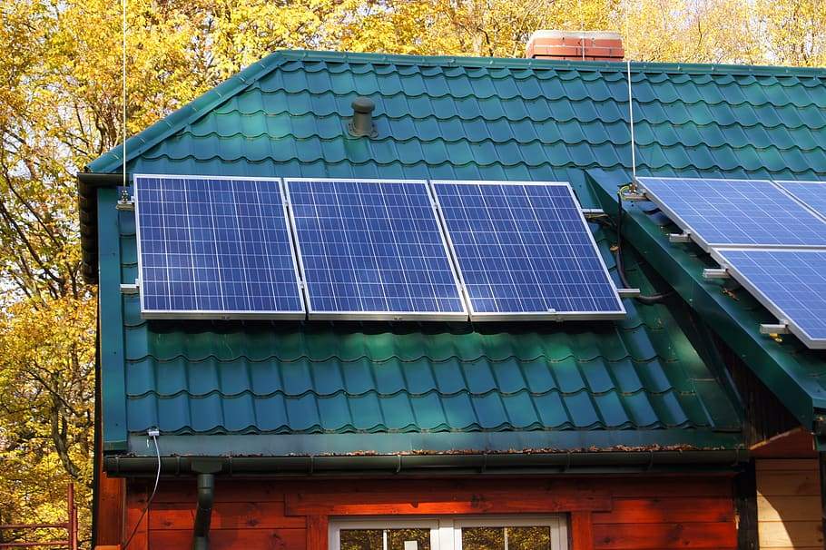 Best Solar Panels under $100 and $300
