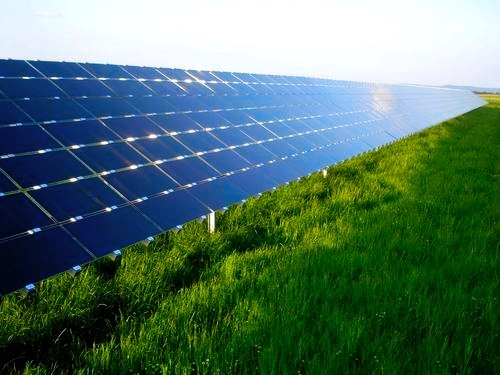 Cadmium telluride (CdTe) solar panels produced by the US company First Solar