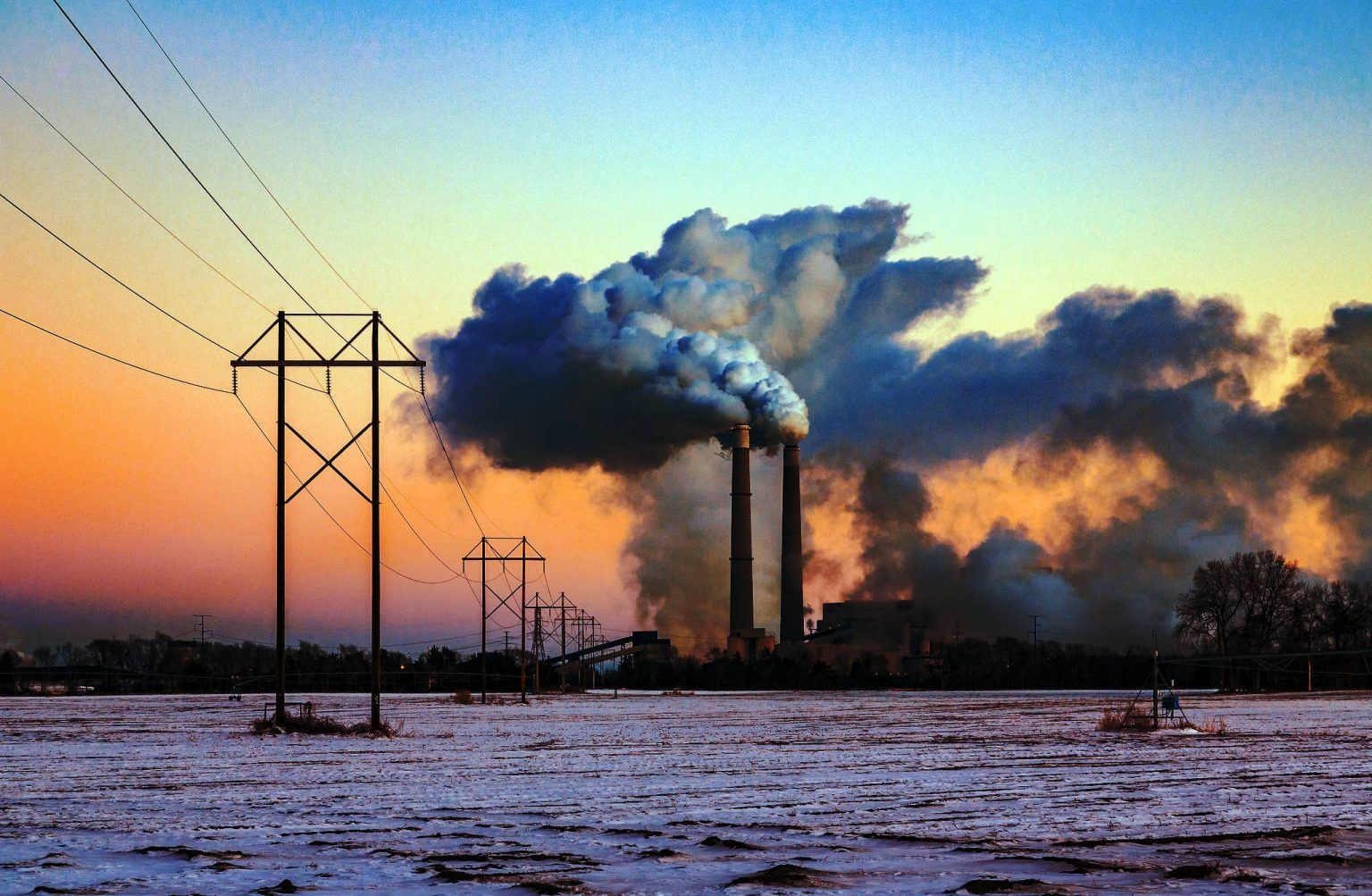 Sherco Generating Station in Becker, Minnesota, is a coal-fired power plant that consumes 20,000 to 30,000 tons of coal every day.